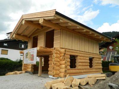 Blockhaus In Kanadischer Naturstammbauweise (2)