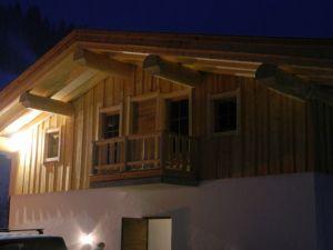 Kanadisches Rundblockhaus - Schihütte Rückseite