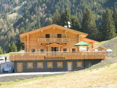 Pulvermacherscherm - Skihütte In Kanadischer Naturstammbauweise